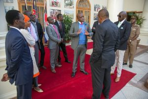 Published on their paper on 16th August, the Star apologized to James Kinyua Murithi, Eric Ng'eno and Charles Momanyi for inadvertently reporting about them.Itumbi (pictured speaking to the president) was not mentioned. www.businesstoday.co.ke