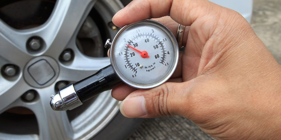 saving-money-on-fuel Simple ways to save money on car expenses