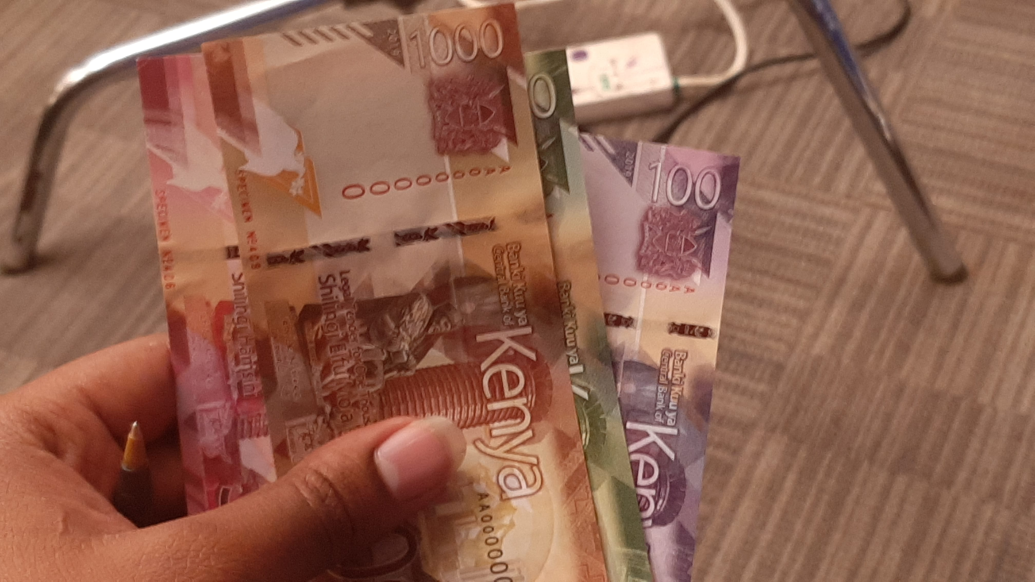 How to tell genuine new banknotes from fake ones - Business