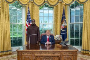 Peter Tabichi and US president Donald Trump in the White House www.businesstoday.co.ke