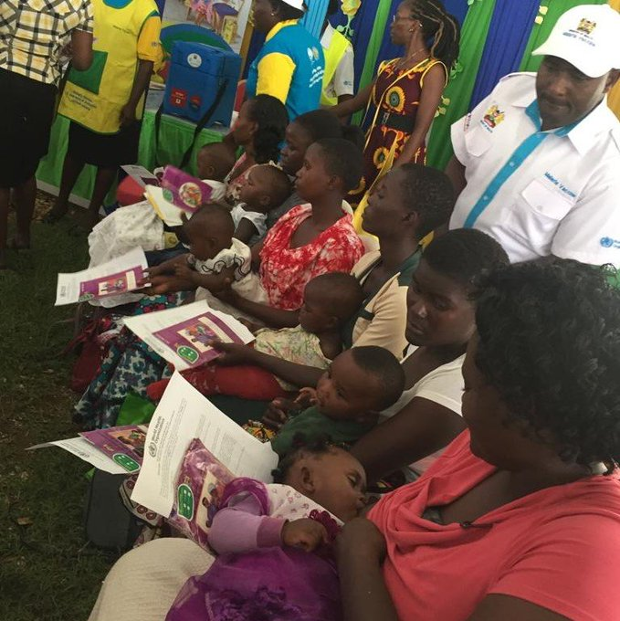 Mothers and children during the malaria vaccine launch. The ongoing pilots will provide the key information and data to inform a WHO policy on the broader use of the vaccine in sub-Saharan Africa. [Photo/WHO]