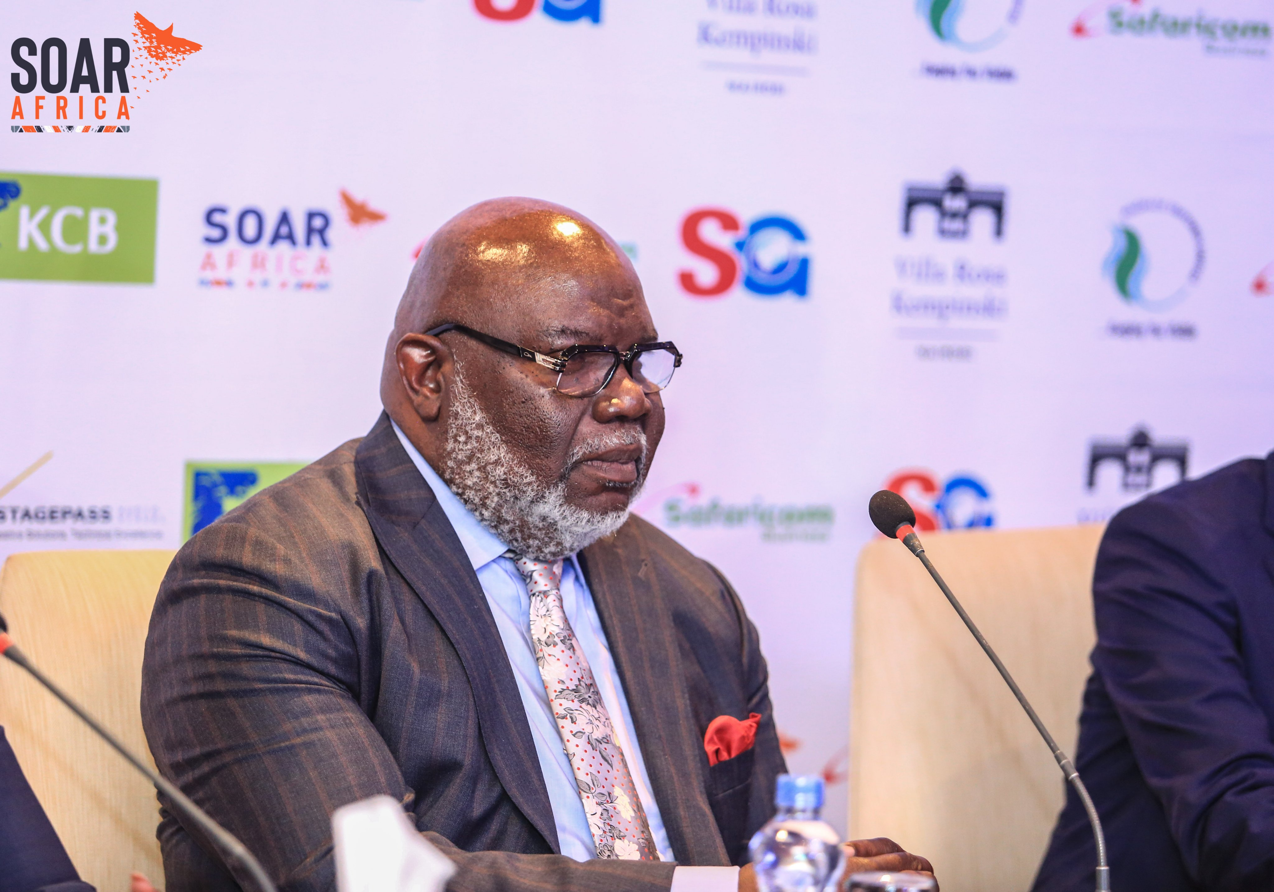 Bishop T.D. Jakes has arrived in Kenya to much fanfare, which in turn has cast a shadow on his fellow speakers at the SOAR Africa Leadership Summit. www.businesstodaykenya.co.ke