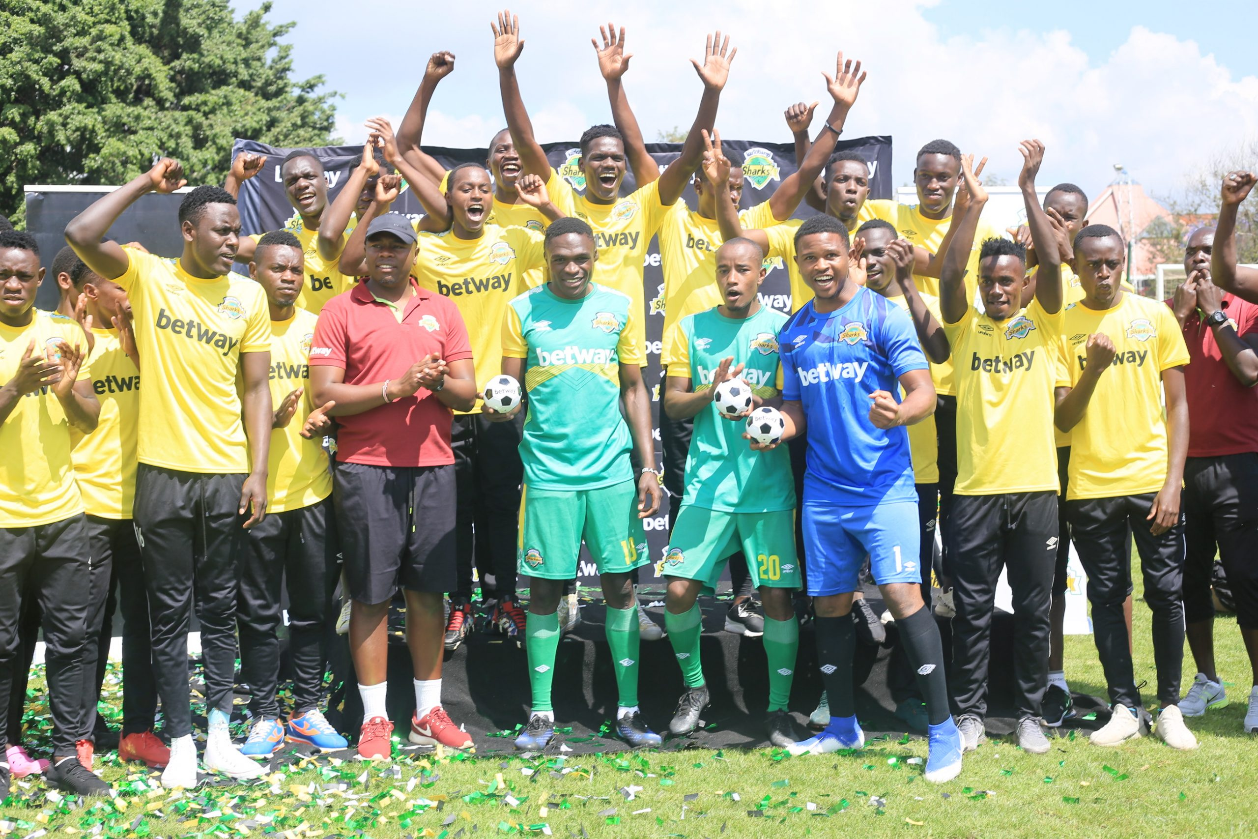 Kariobangi Sharks players don the new Betway branded jersey at Utalii Sports Grounds. www.businesstoday.co.ke