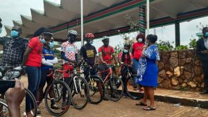 Samburu West MP Naisula Lesuuda (right) engages cyclists at Uhuru Park, Nairobi on December 3, 2020. Lesuuda is behind a new bill seeking to prioritize non-motorized transport in Kenya's road infrastructure.