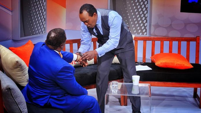 Citizen TV anchor Jeff Koinange with trade unionist Francis Atwoli in a past edition of Jeff Koinange Live