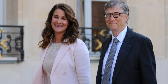 PARIS, FRANCE - APRIL 21: Bill and Melinda Gates arrive at the Elysee Palace before receiving the award of Commander of the Legion of Honor by French President Francois Hollande on April 21, 2017 in Paris, France. French President Franois Hollande awarded the Honorary Commander of the Legion of Honor to Bill and Melinda Gates as the highest national award under the partnership between France and the Bill & Melinda Gates Foundation, which have been unavoidable actors for several years Of development assistance and health in the world. (Photo by Frederic Stevens/Getty Images)