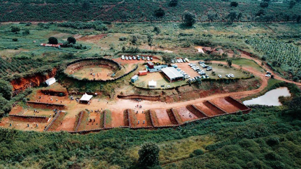 Construction on the Kirigiti range in Kiambu County began in 2016. It has 12 bays.