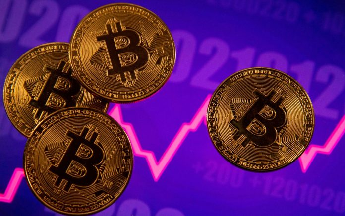 Data acquired by cryptocurrency trading simulatorCrypto Parrotindicates that the Bitcoin mining revenue surged 179.4% over the last 30 days.