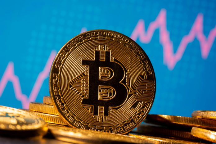 Risks prompted some El Salvadorans last week to take to the streets to protest against the adoption of Bitcoin as an official currency.[Photo/ REUTERS/Dado Ruvic]